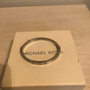 ✨Micheal Kors bracelet ✨